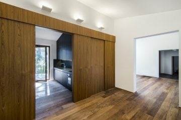 House-in-a-Pine-Wood08
