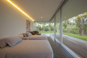 150m house06