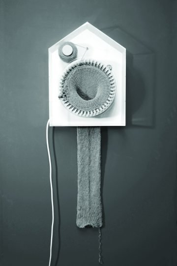 Knitting_clock01