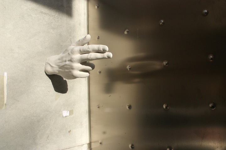 hands_04