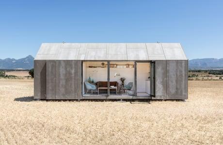 Portable home by ÁBATON