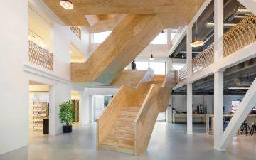 stair03