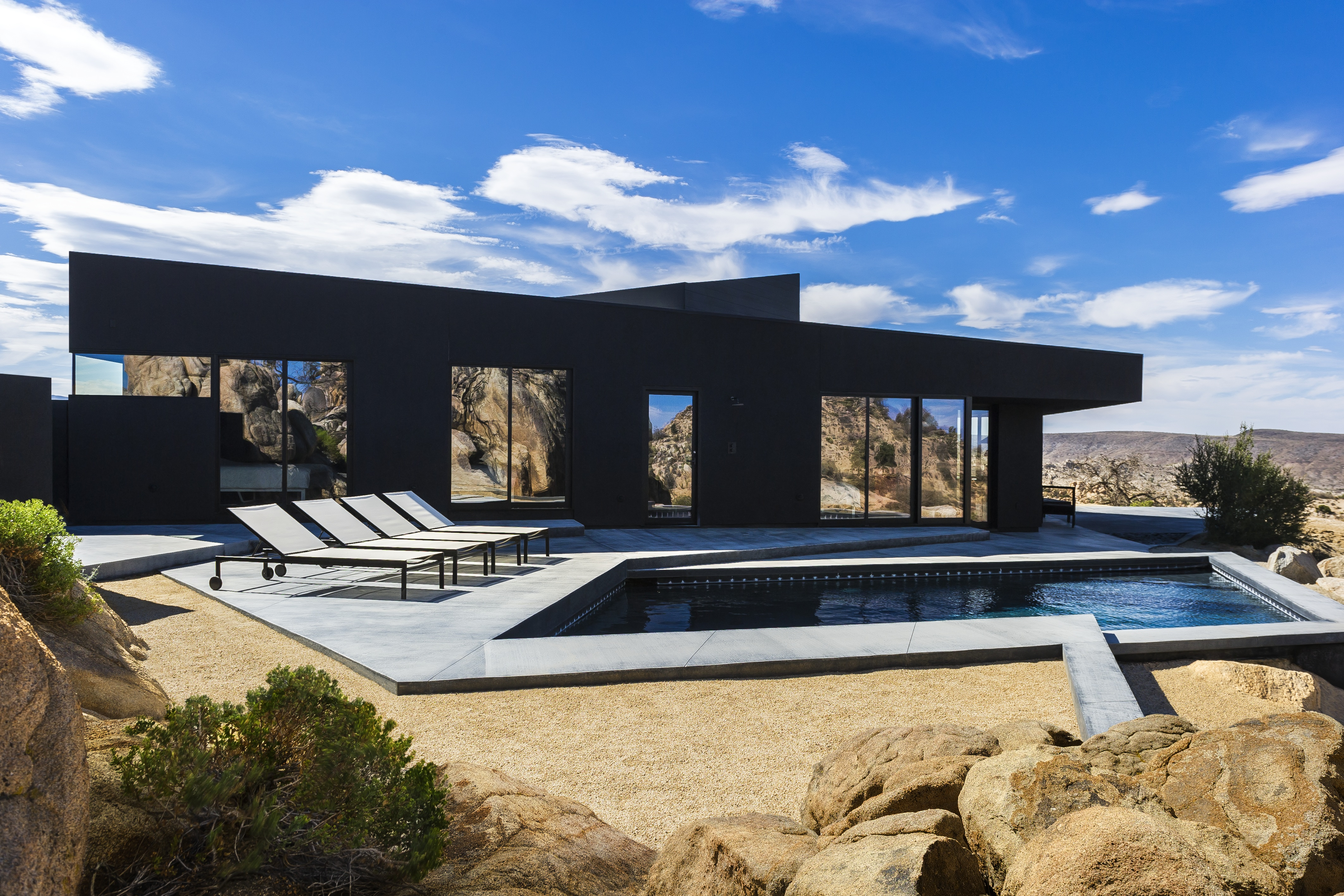 The black desert house by marc atlan oller pejic ignant