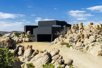 Black Desert House02