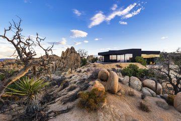 Black Desert House17