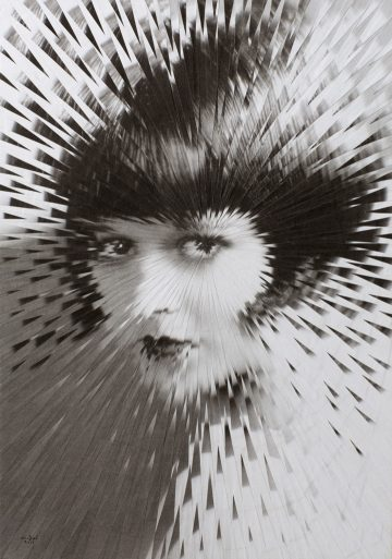 exploding_portrait_lola_dupre_01