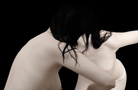 BLACKBERRY-BLOOM_Julia_Peirone_pre