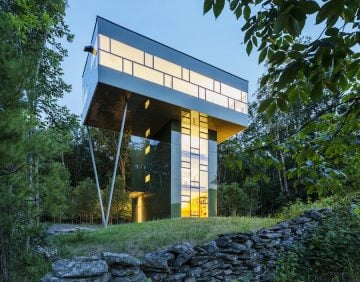 Tower Residence by Peter Gluck