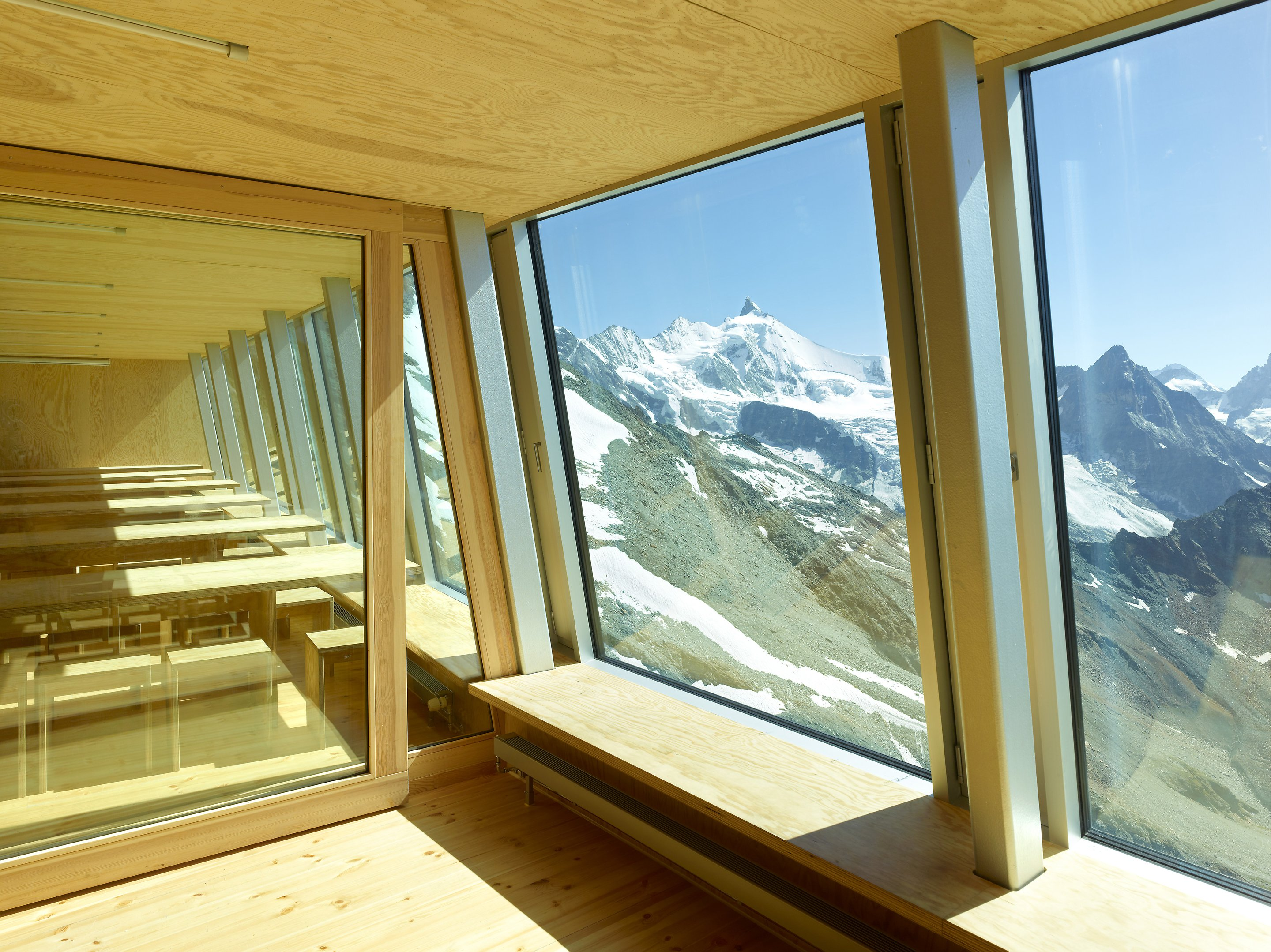 new tracuit mountain hut, zinal06