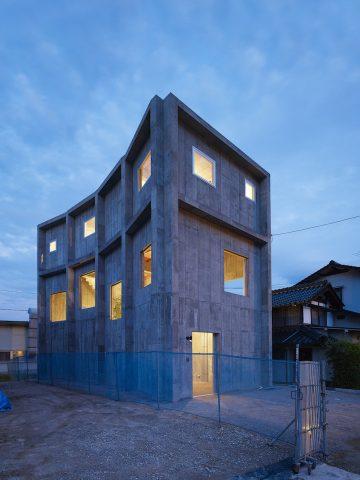 House_in_Yagi_01