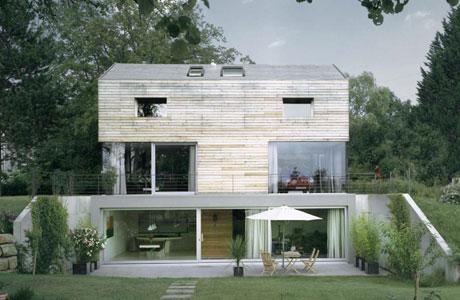 T-Bone House by Coast