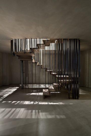 Storage_Milano_Staircase_01