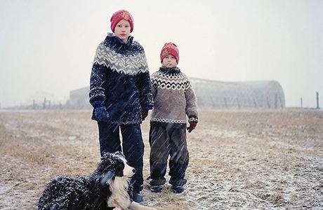 320 Icelanders by Varvara Lozenko