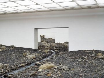 olafur-eliasson-riverbed-03