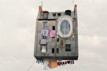Flying_Houses_Laurent_Chehere_pre