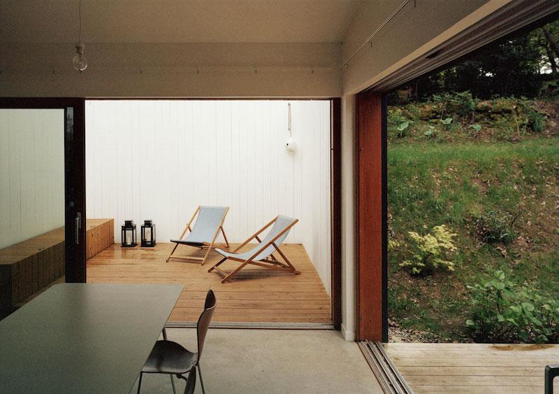 drau en wohnen mit raum architecture. Black Bedroom Furniture Sets. Home Design Ideas