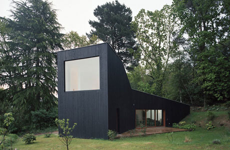 Living Outside with Raum Architecture