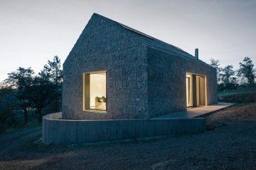 Compact_Karst_House_01