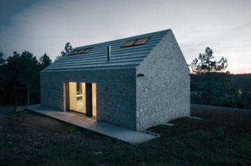 Compact_Karst_House_02