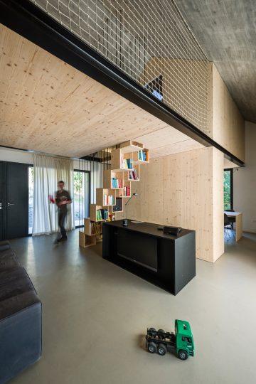 Compact_Karst_House_05