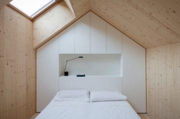 Compact_Karst_House_11