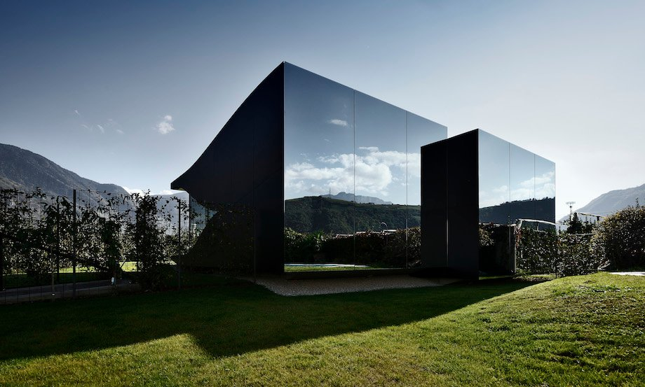 mirror houses by peter pichler architecture. Black Bedroom Furniture Sets. Home Design Ideas