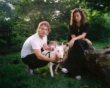 In-Dogs-We_Trust-11