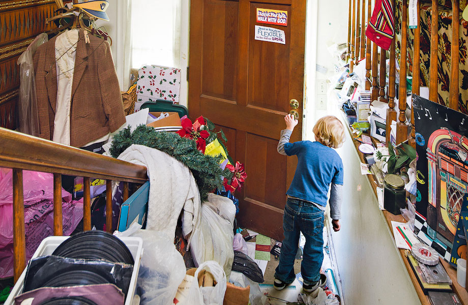 Geoff Johnson Shows What It's Like For A Child To Live With A Hoarder