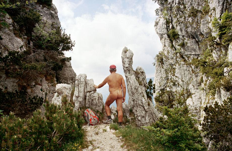 Roshan Adhihetty Fotografiert Nackte Wanderer