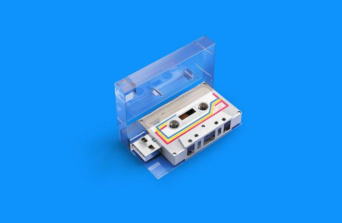 Retro USB Sticks von Andrei Lacatusu