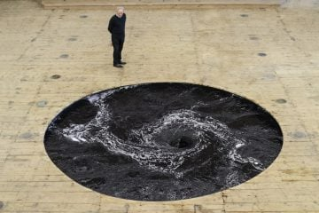 Anish_Kapoor_ Decension_01