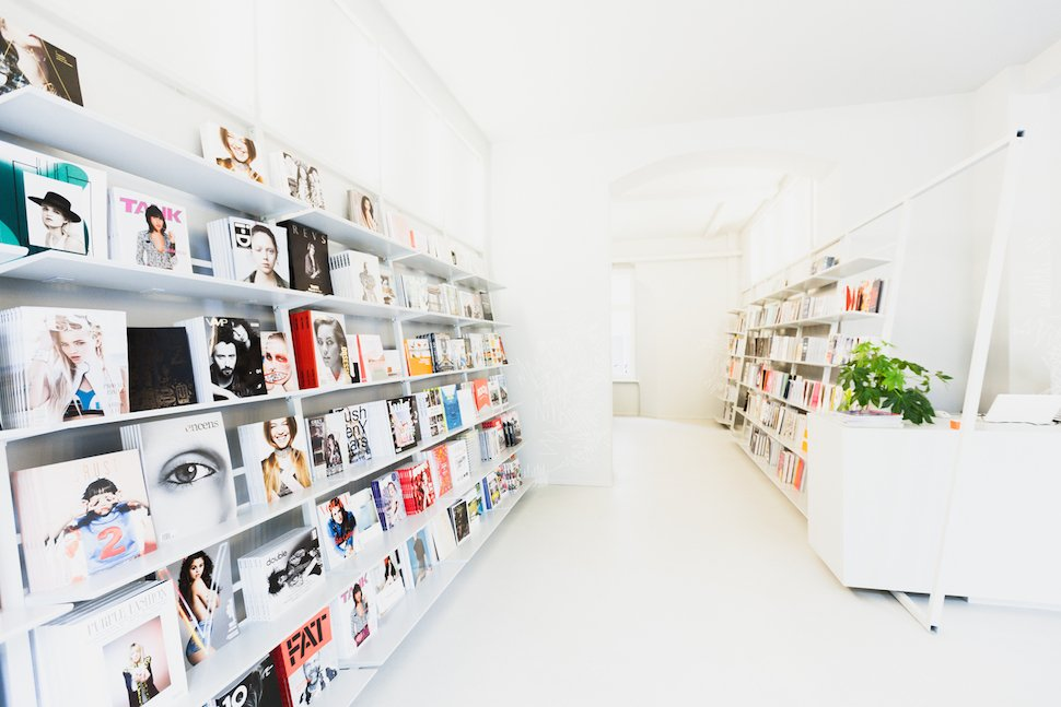 soda book and magazine store in berlin. Black Bedroom Furniture Sets. Home Design Ideas