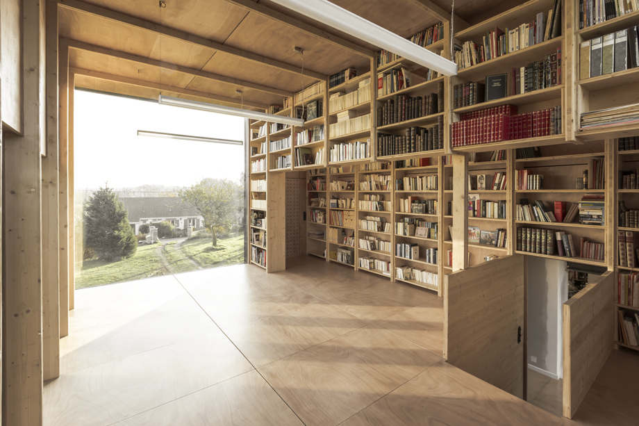 observatory inspired garage library and study by ziegler antonin. Black Bedroom Furniture Sets. Home Design Ideas