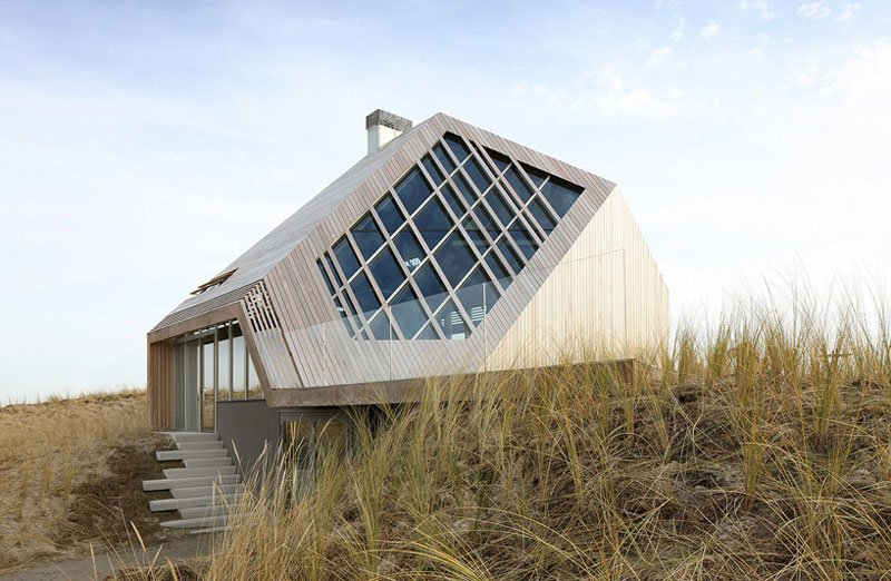 Marc Koehler Embeds Dune House Into The Seaside Landscape
