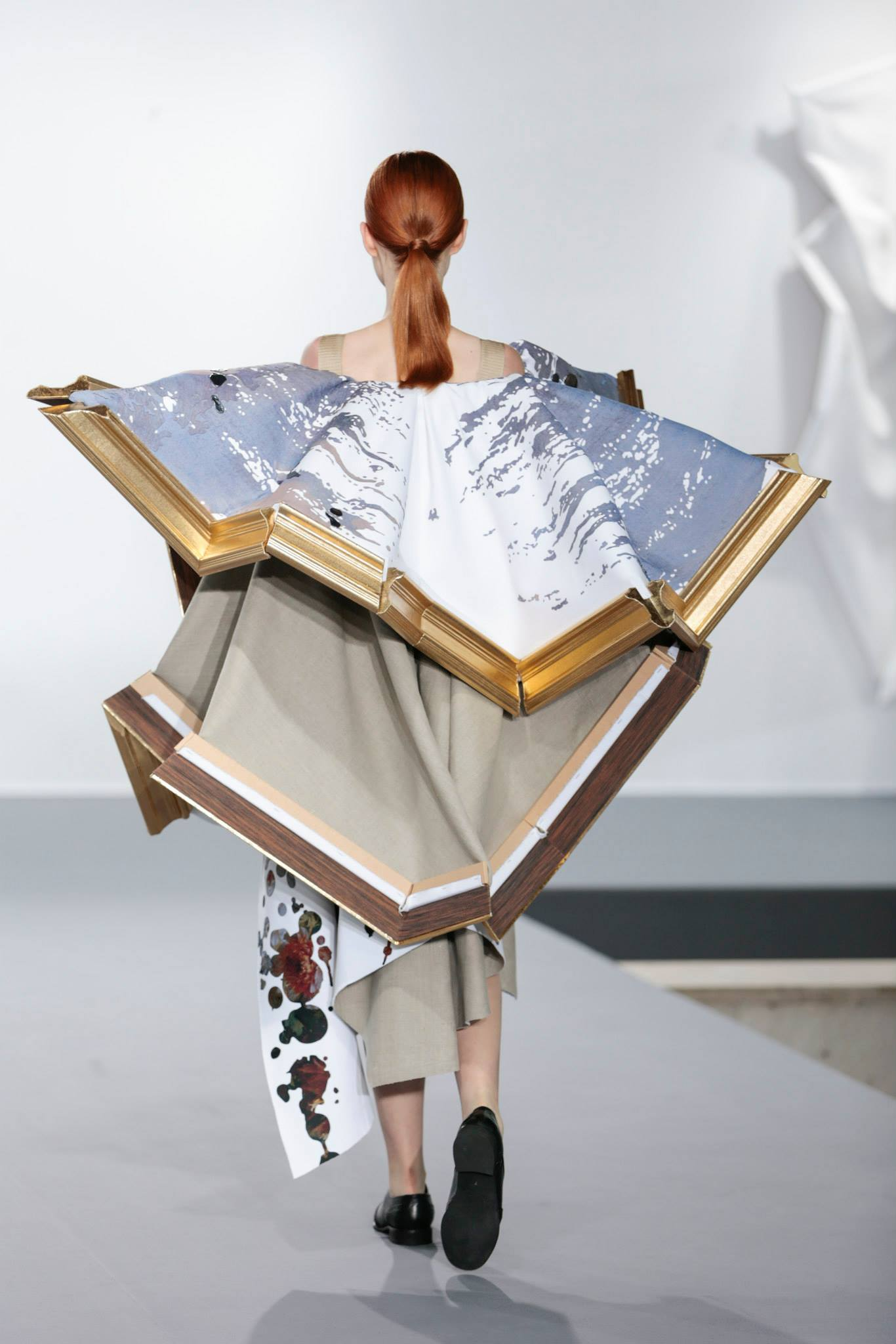 Wearable Art Collection By Viktor Amp Rolf Ignant Com