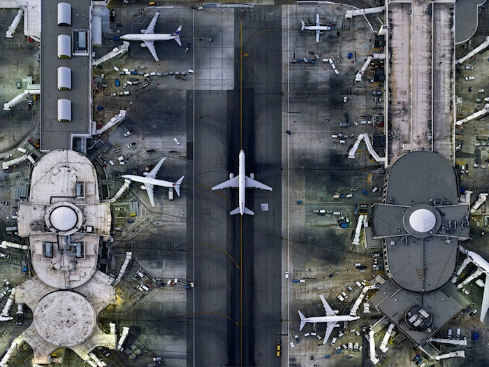 Aerial photographs, architecture, housing, ports, airports, marinas
