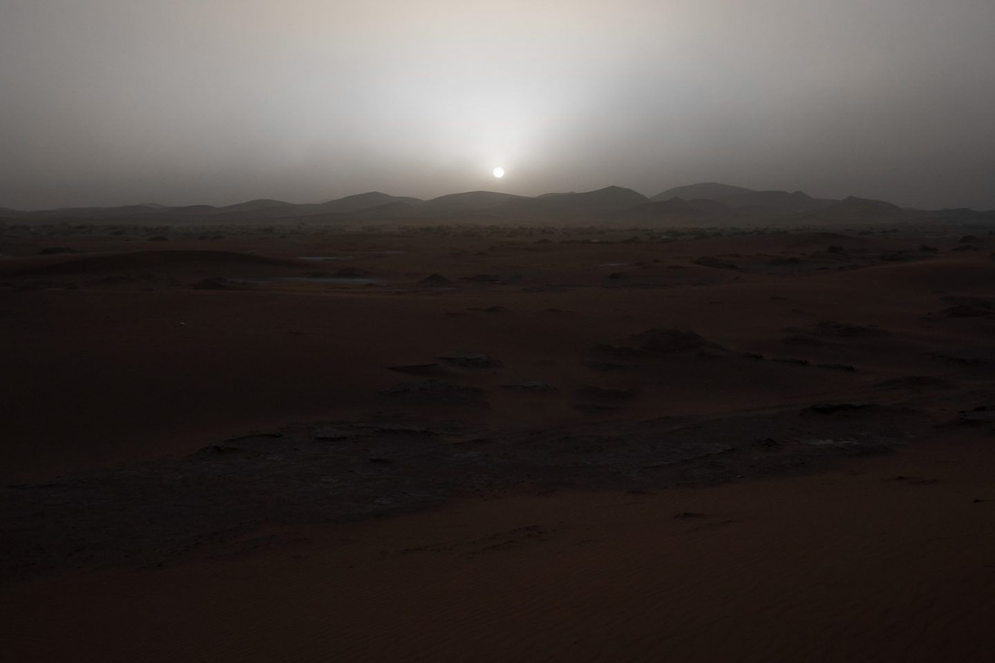 IGNANT-Photography-Julian-Mauvre-Greetings-From-Mars-018