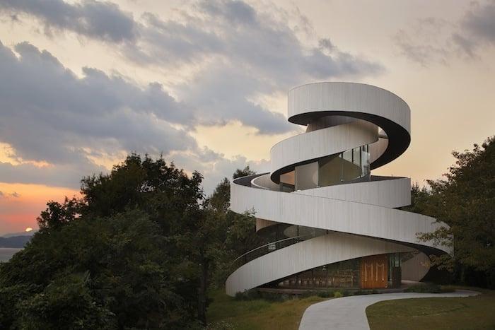 Ribbon Building_Architecture_1