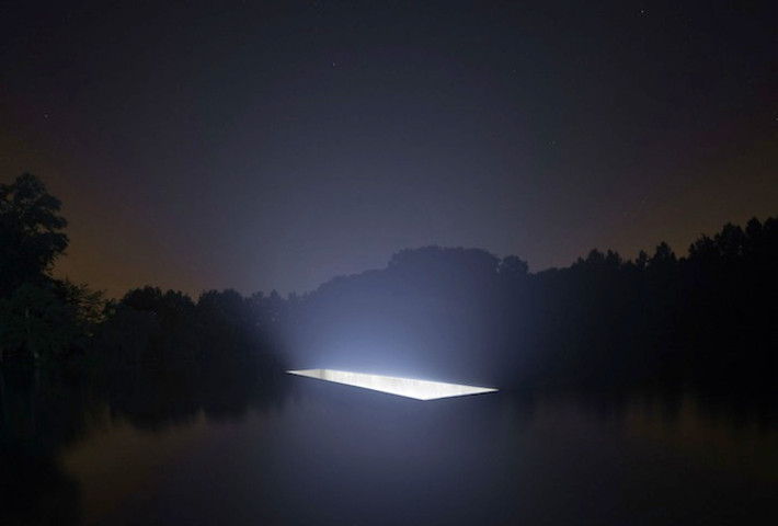 An Otherworldly Light Installation By 88888