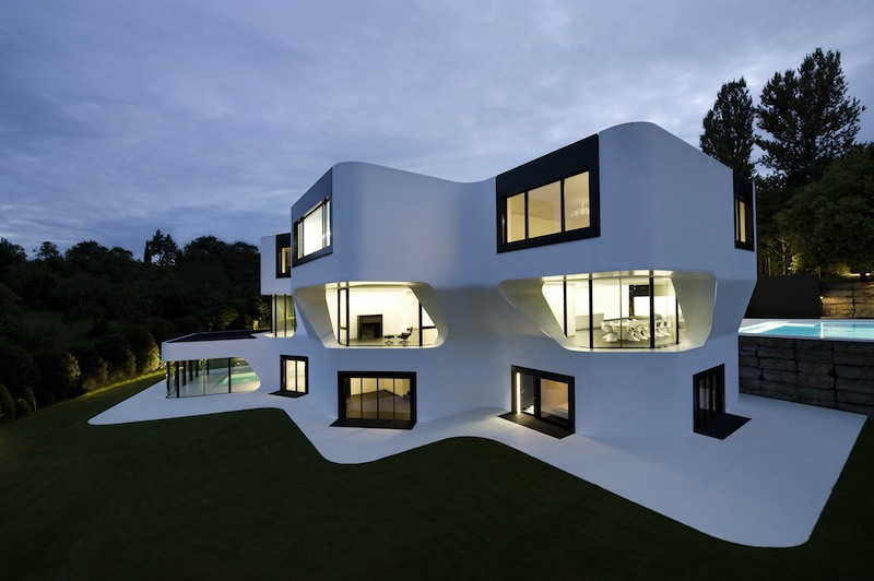 A futuristic villa by j mayer h architects - Les plus belles maisons du monde photos ...