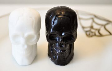 dailybasics_halloween-skullsoap
