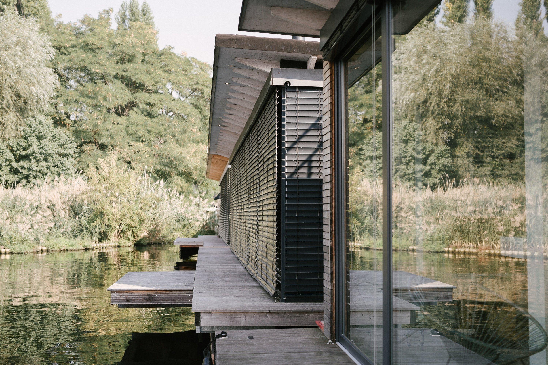 Modern Houseboat · Berlin,...