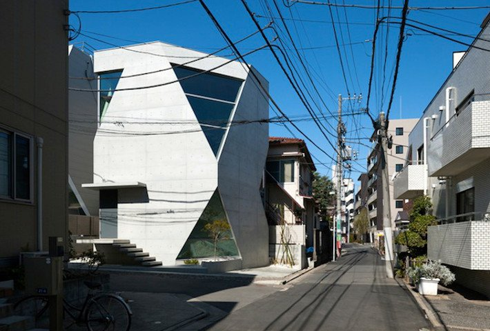 An Angular Home Made Of Recyclable Concrete By Atelier Tekuto