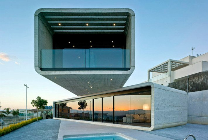 Crossed House In Spain By Clavel Arquitectos