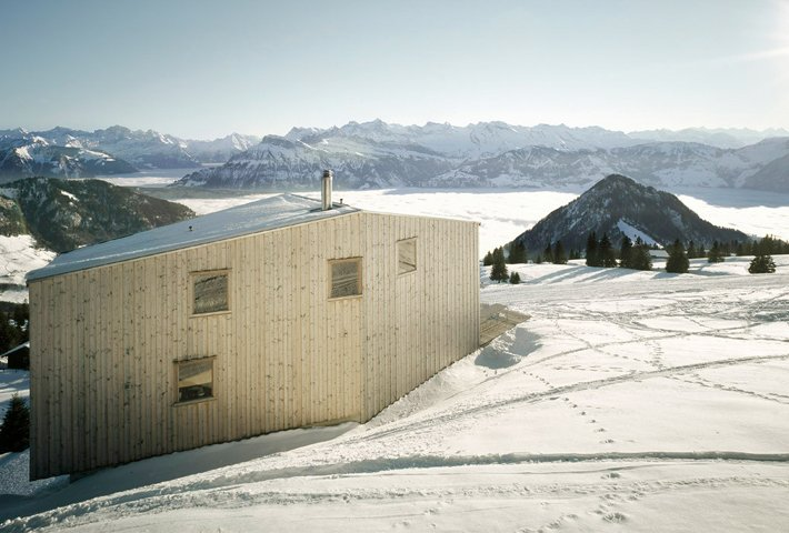 A Holiday House With Panoramic Views By AFGH Architects