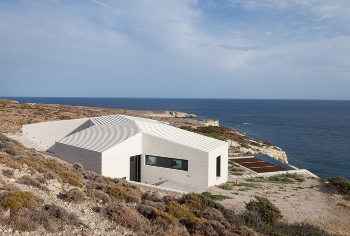 A Geometric House On A Greek Island By decaArchitecture