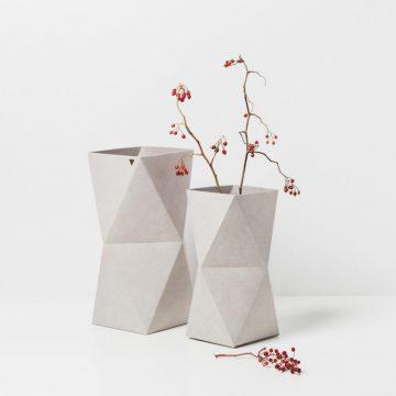 Origami-Inspired-KAMI-Vases-940x940