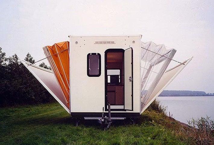 An Extendable Campervan By Eduard Böhtlingk