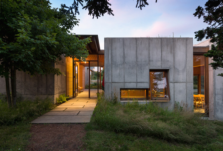 A Concrete Seaside Retreat By Rose + Partners