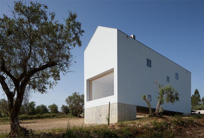 The Fonte Boa House By João Mendes Ribeiro
